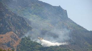 Itálii, Řecko a Balkán dál sužují vedra, požáry a sucho