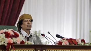 Kaddáfí vyhrožuje: Obsadíme vás jako kobylky. Španělsko a USA hrozby odmítly