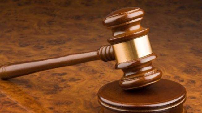 Soud osvobodil strážníky kvůli zneužití pravomocí