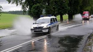 Česko zasáhnou extrémně silné bouřky, varují meteorologové