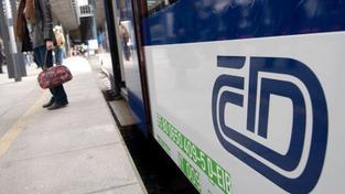 Pět projektů modernizace železnice proti smlouvám podražilo, odhalil kontrolní úřad