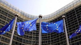 Investor varuje: Evropské unii hrozí rozpad kvůli dluhové krizi