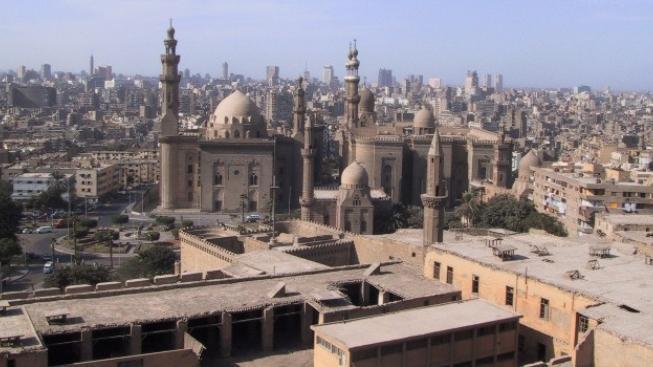 V Káhiře zemřel po bombovém atentátu policejní generál