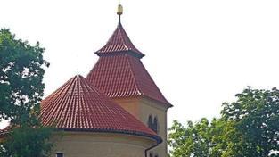 Dnes v noci se otevřou u nás, v Rakousku a na Slovensku kostely