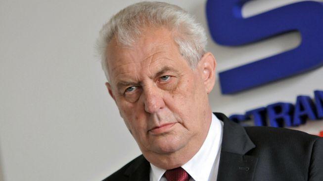 Obávaný Zeman rozcupoval hned dva novináře najednou