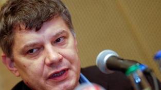 Hušák předložil soudu plán na záchranu Sazky