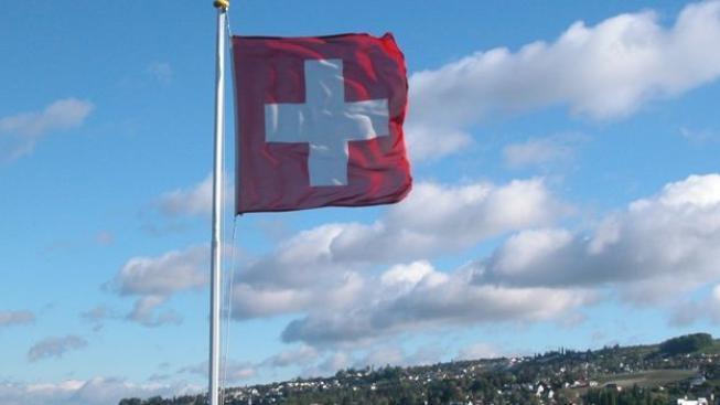 Švýcaři v referendu odmítli zákaz eutanazie pro cizince