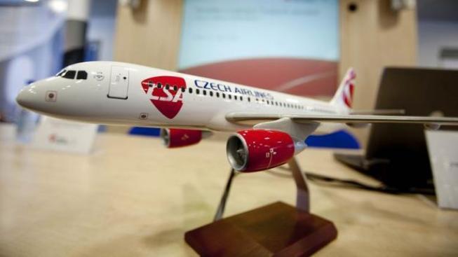 Vláda prodá ČSA za 67,5 milionu korun dopravci Korean Air