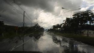 Ve čtvrtek zasáhnou Čechy silné bouřky, Moravu čeká vedro