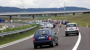 Dálnice D1 je po nehodě dvou kamionů opět průjezdná