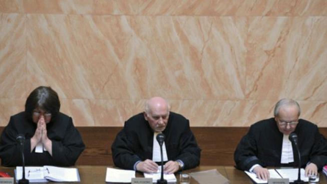 ÚS odmítl stížnost odvolané žalobkyně, jež se stýkala s mafiánem