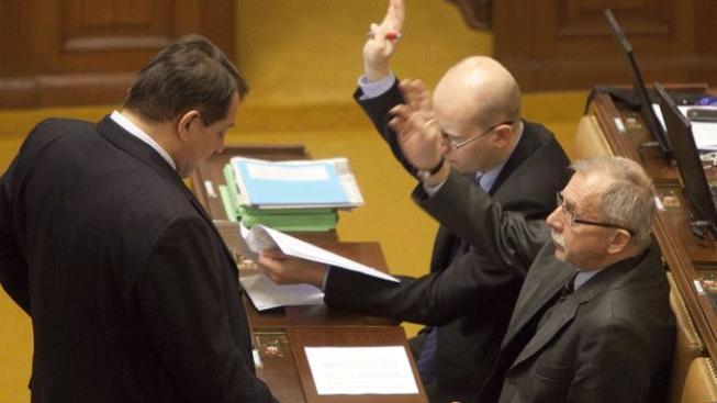 ČSSD požádala o svolání schůze. Hlasovat se bude o nedůvěře vládě