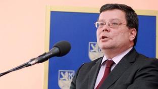 ČSSD vyvolá další schůzi k Vondrovi, TOP 09 ji zřejmě umožní