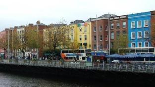 S&P opět snížila rating Irska, výhled je stabilní
