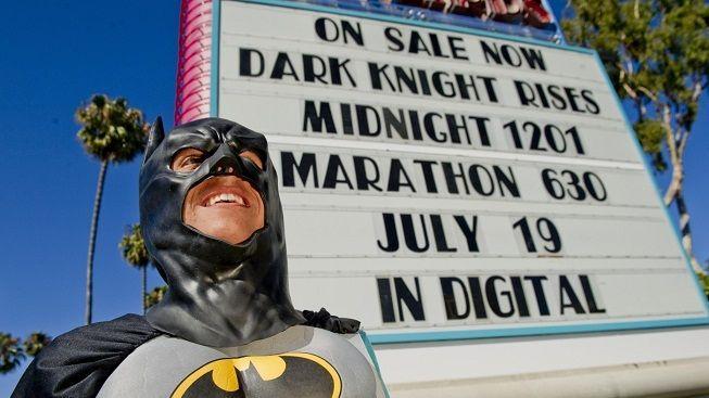 Promítání Batmana doprovázejí incidenty. Policie v USA zatýká lidi