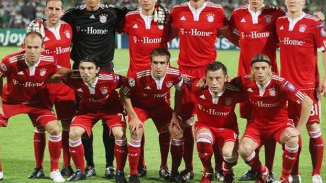 V Lize mistrů se v repríze loňského finále utkají Inter a Bayern