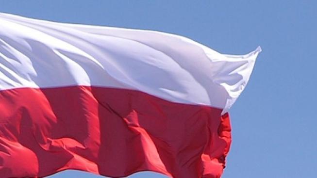 Polský ministr obrany zatím zůstává, jeho budoucnost ale nejistá