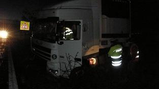 Smutná bilance: Kamion usmrtil chodce, jde o 10. mrtvého o víkendu
