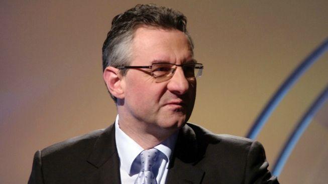 Europoslanec Zahradil zostra: Kalousek není geniální stratég