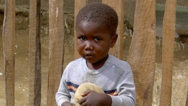 Jeden mrtvý při nepokojích na Haiti, Graubner urychlil návrat