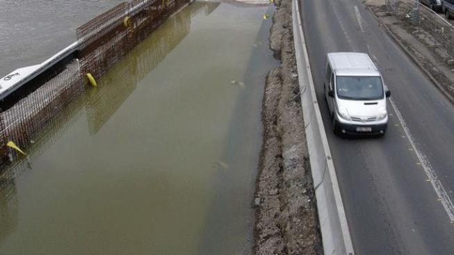 Teplé počasí rozvodňuje řeky, Plzeňsku a Ústecku hrozí záplavy