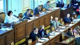 Opozici se nepodařilo vyslovit vládě nedůvěru ani na čtvrtý pokus