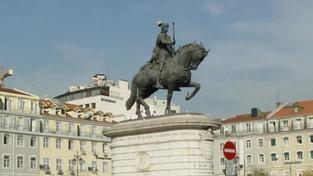 Portugalsko si chce příští rok půjčit další desítky miliard eur