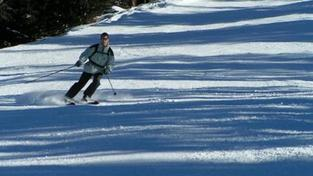 Střet se skútrem v Krušných horách zřejmě lyžař nezavinil