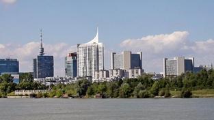Ve Vídni dodnes stojí protiletecké věže z války, je v nich muzeum