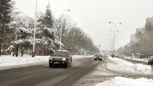 Česko čeká krátká obleva, po ní opět nasněží a přituhne