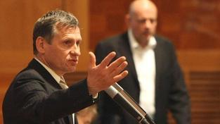 Kandidátů na předsedu KDU-ČSL už je pět, ale Čunek s úsměvem odmítl