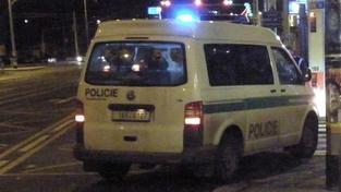 Policie vyklidila Tesco na pražském Smíchově, anonym ohlásil bombu