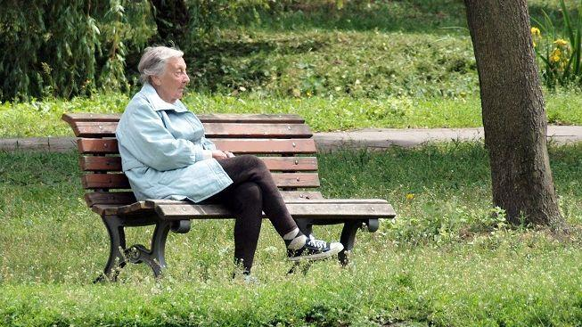 Důchodci dostanou o závratných 205 korun víc