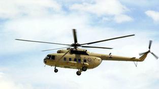 Rusové pohřešovali vrtulník, ten mezitím hasil požár