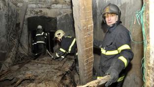 V Hranicích spadla část domu, pod sutinami zemřel člověk