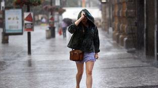 Meteorologové varují: Dnes počítejte opět s bouřkami
