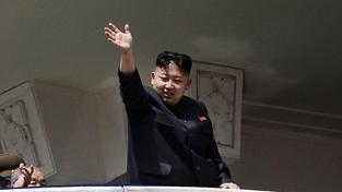 KLDR hrozí USA odvetou, pokud uvedou komedii o plánu vraždy Kim Čong-una