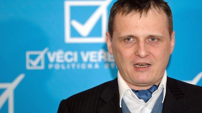 Slovenská policie zatkla rektora školy, kde studovali bratři Bártové