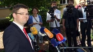 Dobře informovaný novinář odhaluje pozadí pádu Jiřího Pospíšila