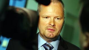 Fiala prodloužil plzeňským právům akreditaci o rok