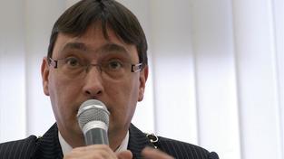 Dvojice radních Prahy 10 rezignuje kvůli kauze Key Investments
