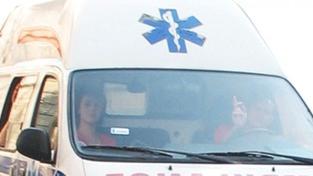 Opilá pacientka napadla záchranáře