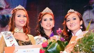 Nejkrásnější vietnamská dívka pochází z Plzně. Korunku krásy získala studentka (21)