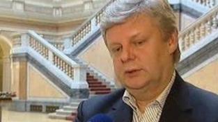 Ministr mě od začátku šikanuje, tvrdí Darjanin