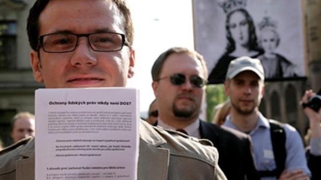 Zelení vyzývají další strany ke kritice předvolebních speciálů