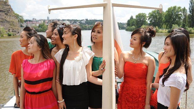 Finalistky Miss Vietnam mají za sebou přípravný týden na finálový večer