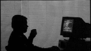Muži zneužívali dívku přes Skype