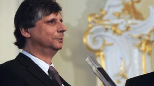Fischer: ČR podporuje půjčky zadluženému Řecku
