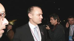 Langer odmítl říci, kdo byl proti Topolánkovi