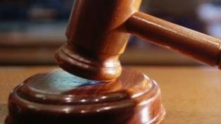 Ústavní soud odmítl stížnost chodce, který ubodal v Praze řidiče